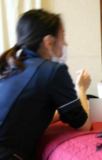 大阪にあるリンパマッサージスクール休息館の座学の様子